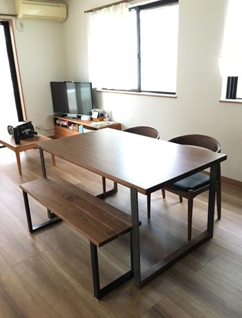 ダイニングテーブル180829