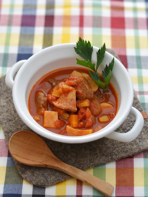 牛肉と野菜のトマト煮込みR2