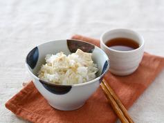 豆腐のごま風味炊き込みご飯R4