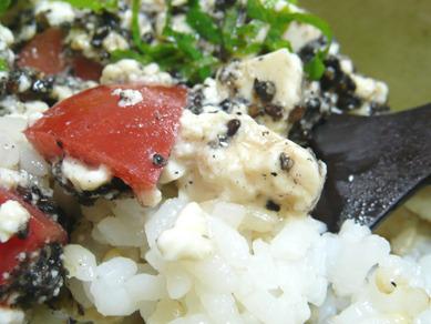 オイシックス・トマト豆腐丼2