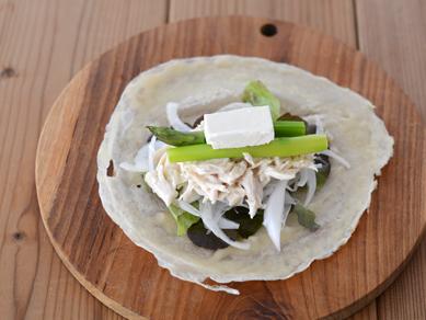 チキンと野菜のラップサンド_日清製粉19-P14