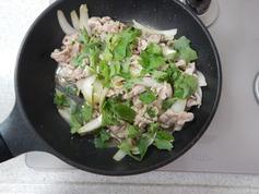 豚肉の香り大葉炒めP3