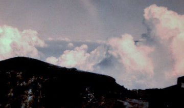 湧きあがる夏の朝雲Ed2