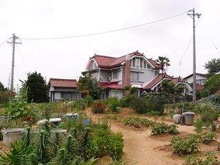赤い屋根の洋館2