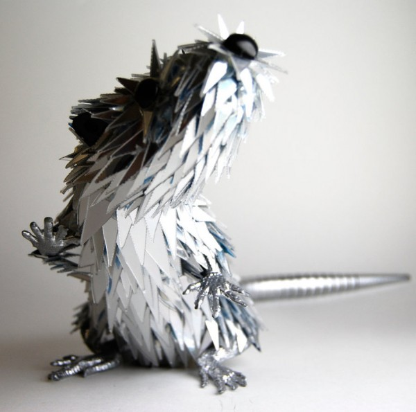 animal-sculptures-made-from-cds-8(拡大表示)