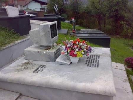 墓5(拡大表示)