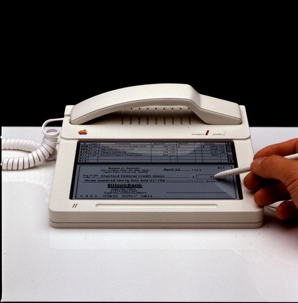 1987年のiPhone(拡大表示)