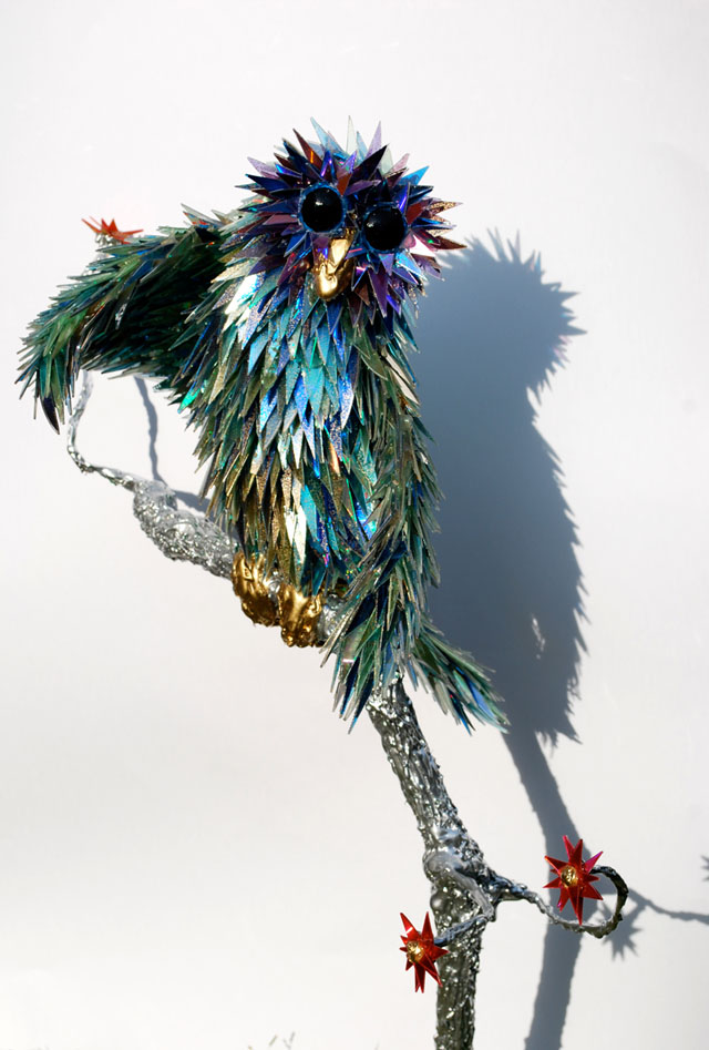 animal-sculptures-made-from-cds-3(拡大表示)