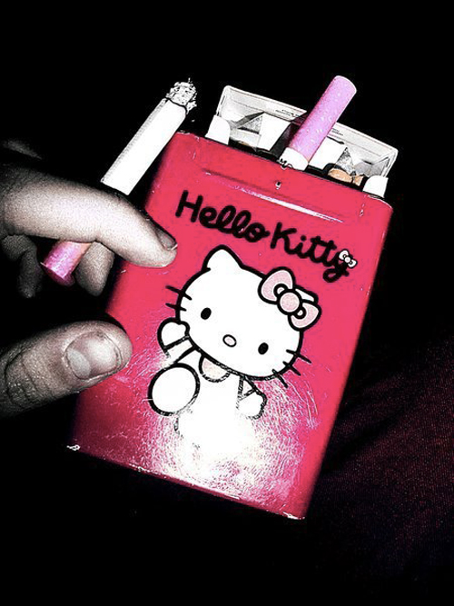 Hello-Kitty-Cigarette-Lighter-2(拡大表示)