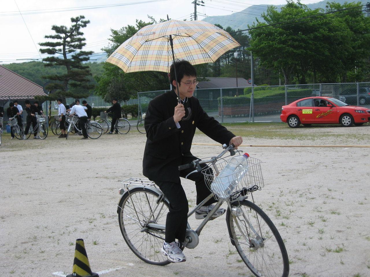 ... 高校、原付・自転車安全講習