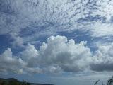 秋の空と夏の空
