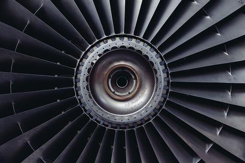 jet-engine-371412_640