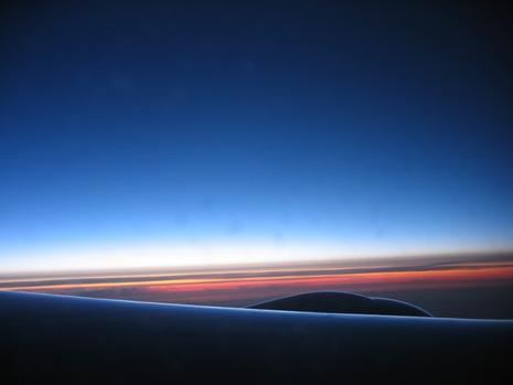 0528 イタリア旅行 飛行機から1