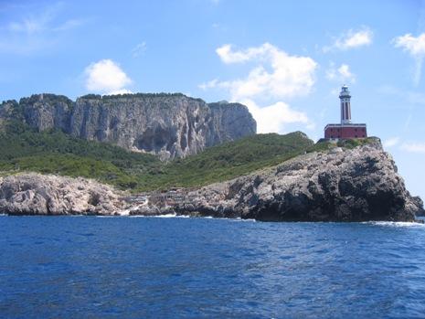 10-0531 カプリ島灯台