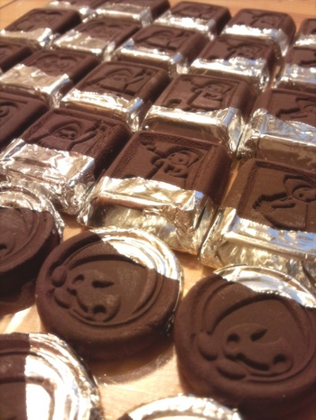 お菓子なポンチャチョコ銀紙