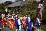 泉神社御出社大祭(5)町でお祓い