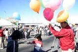 市場祭り07-10-21(5)風船