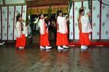柿岡のじゃかもこじゃん宵祭り09-10-02(6)神子榊の舞