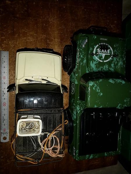私物 AX-8801RCカー  (3)