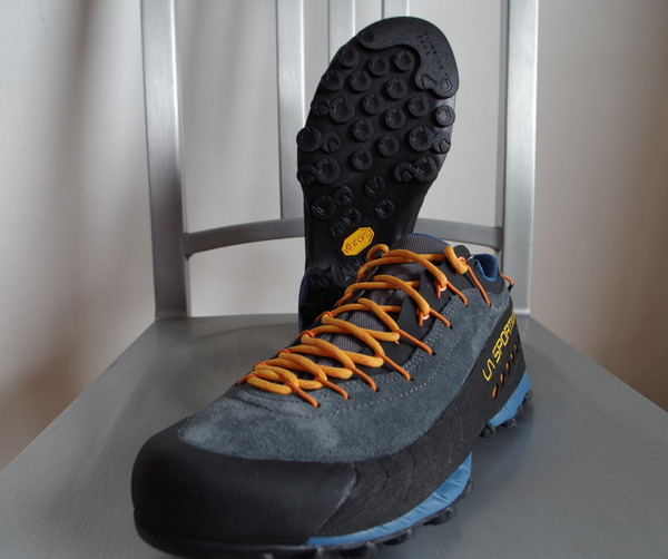 Sportiva Approach Shoes 2016...