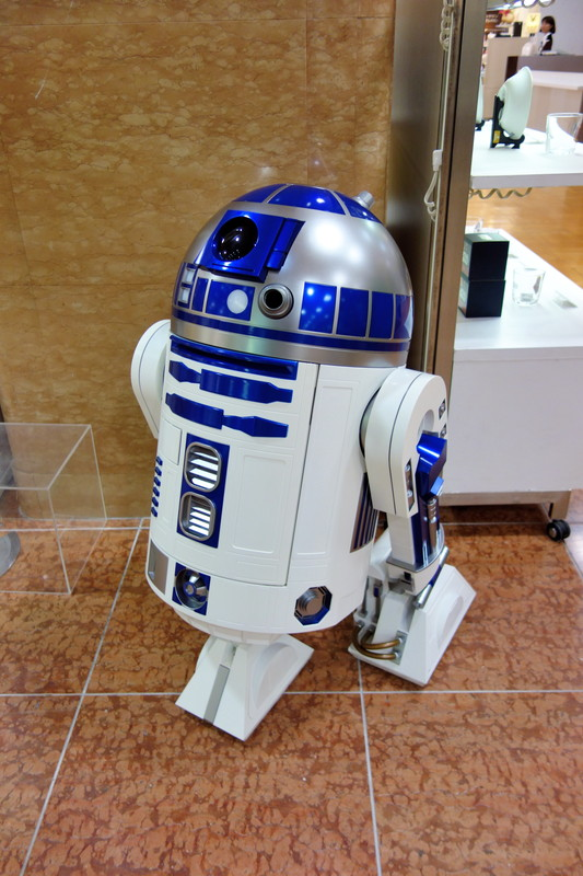 R2-D2���ס�