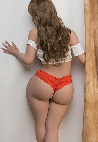 juicy-booty-vadoma-1