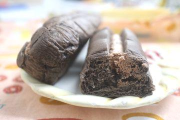 黒いちぎりパン(チョコホイップ)