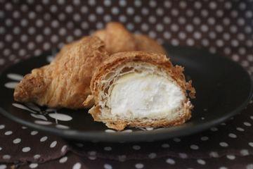 ミニクロワッサン レアチーズクリーム