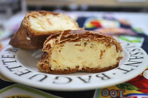 窯出しパイのシュークリーム