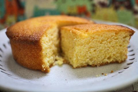 つぶつぶコーングリッツのケーキ【ローソン】
