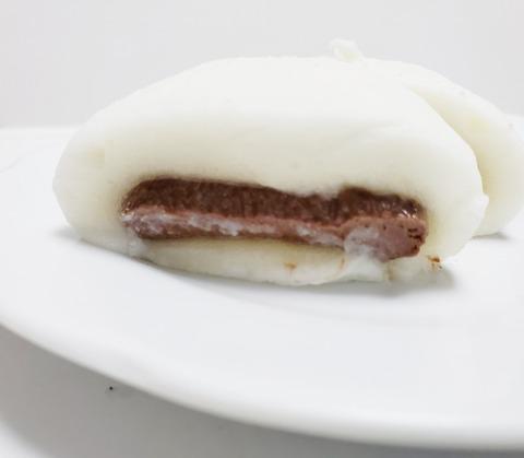 セブンイレブン「生チョコクリーム大福」