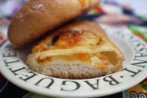 チーズフランス【ファミマベーカリー】