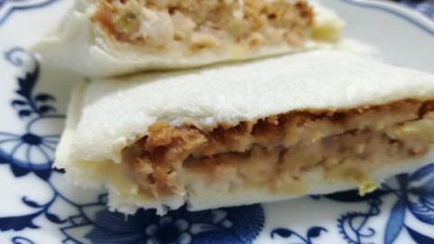 ランチパック キャベツメンチカツとコールスロー【山崎製パン】