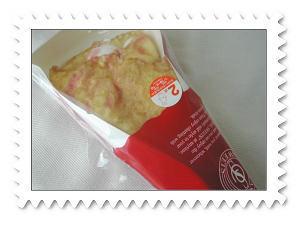 ストロベリーレアチーズクレープ