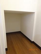 階段下収納04