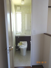 トイレ2F02