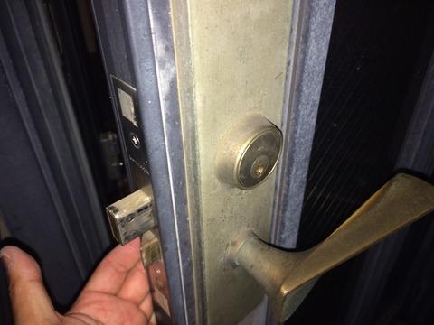 WEST玄関ドアキー 深夜開錠