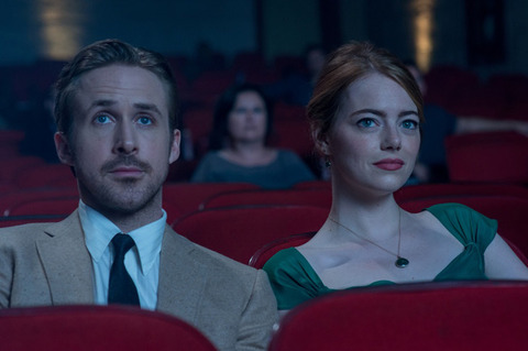 【映画館のスマホマナー問題】エンドロールまでが映画なんです!!