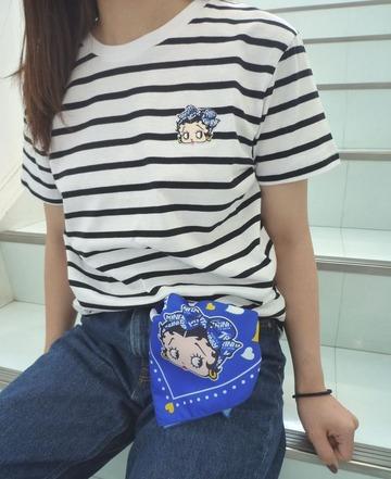 ベティTシャツ1