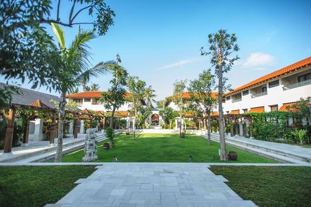 02 Natah Saji Courtyard