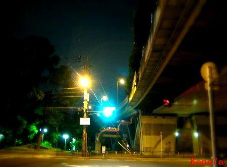 Kens7a (大阪の街):夜は出歩く...