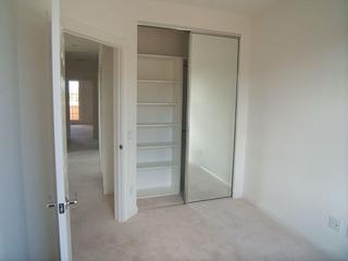 ホームステージングなしの廊下