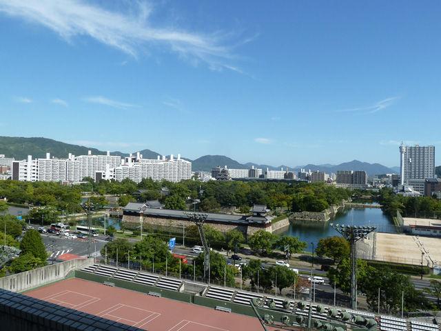 広島市民病院から望む広島城址