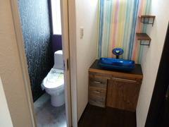 2階トイレと手洗い
