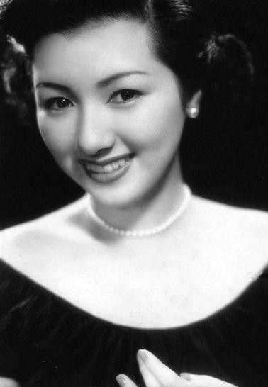 高峰秀子さん(Wiki)