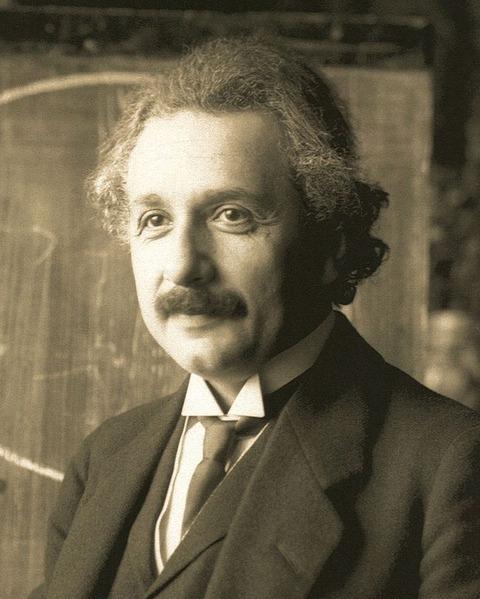 アルベルト・アインシュタイン(Wikipediaより)