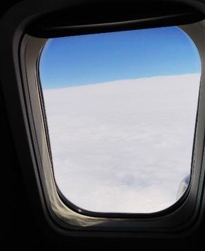 9月12日、飛行機の中