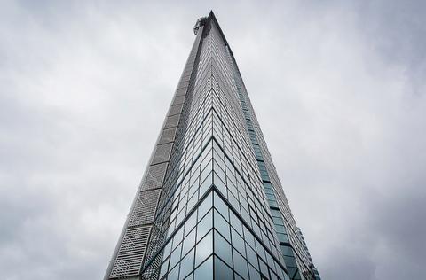 ハロウィーンの福岡タワーが凄すぎるwwwwwwww