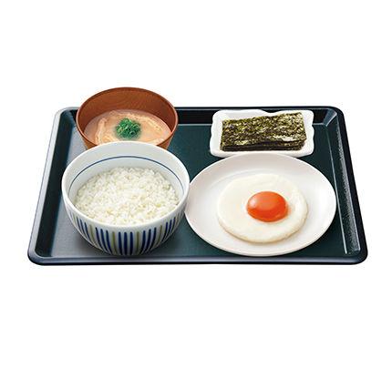 なか卯-目玉焼き朝定食