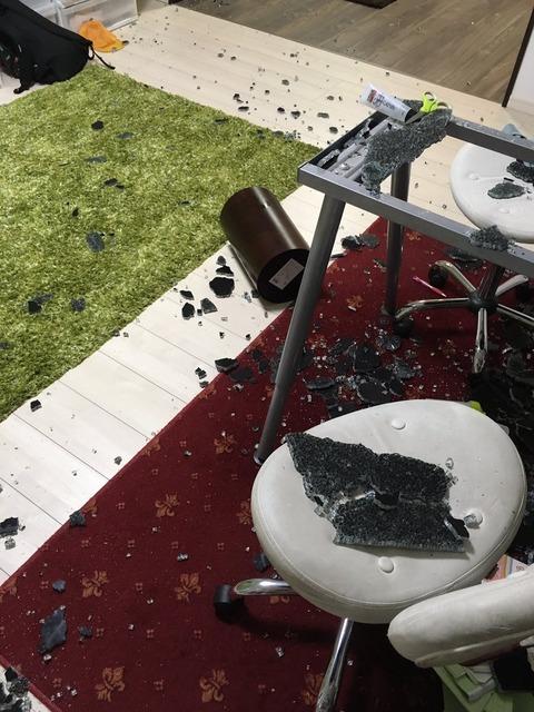IKEAで買ったテーブルがいきなり破裂2